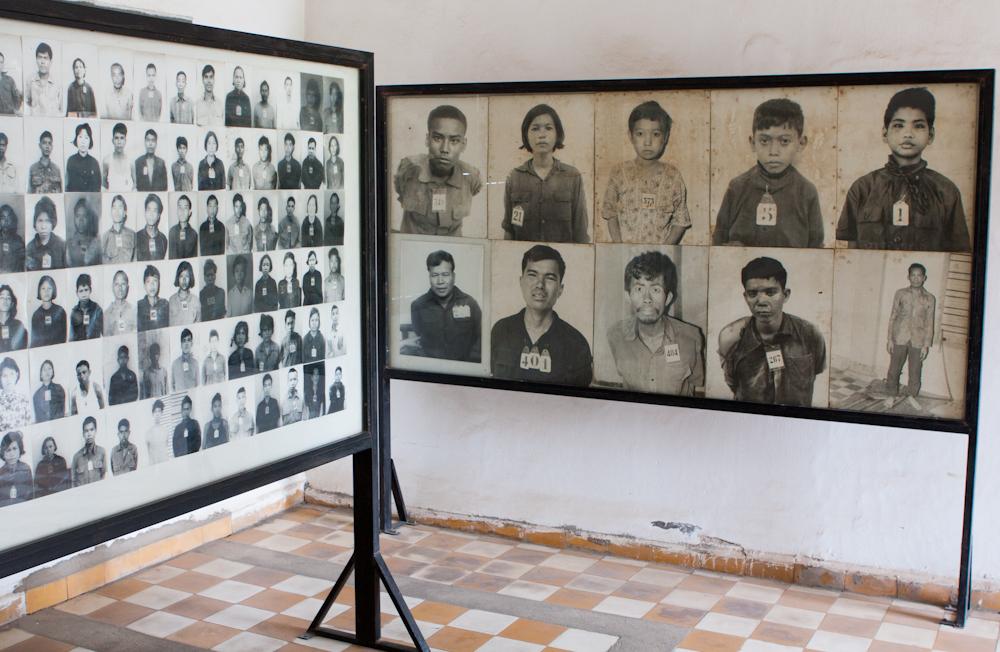 Tuol Sleng v Kambodži - obete genocídy