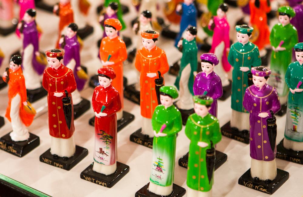 Vietnamské porcelánové figúrky