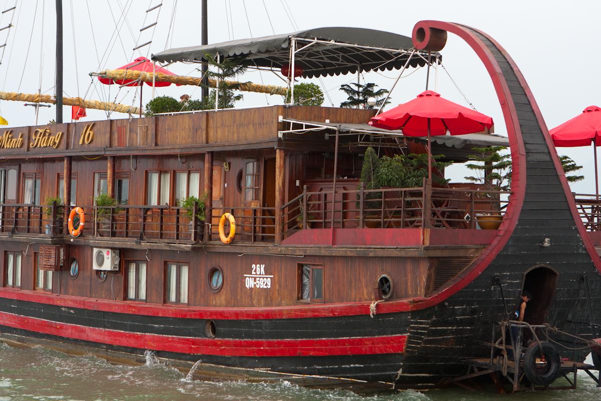Výletná loď v Halong Bay